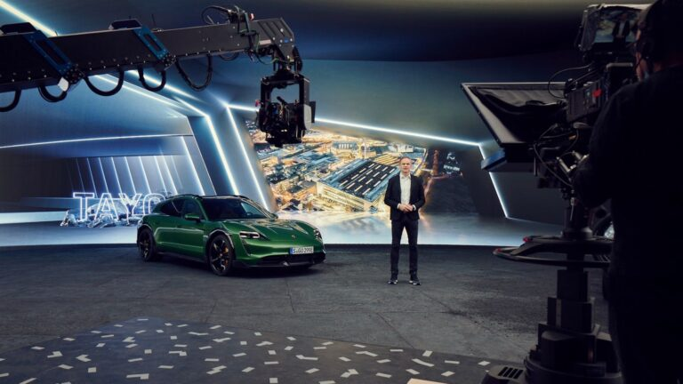 Porsche: high-performance batteries with silicon anodes, fast-charging stations