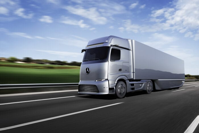 Daimler Truck AG and CATL expand global partnership: joint development of sophisticated truck-focused batteries and supply agreed beyond 2030