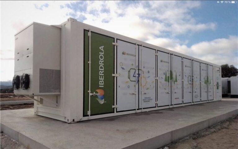 Iberdrola installs 3-MW/9-MWh battery at solar farm site in Spain